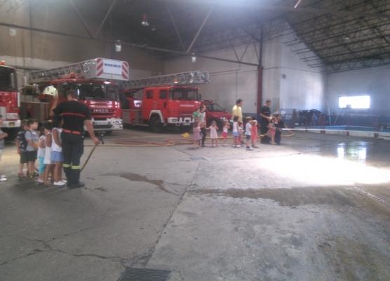 vista a los bomberos 2014 guarderia babab zamora